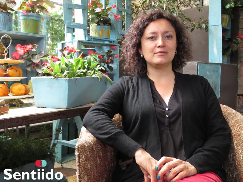 Biografía de Angélica Lozano lesbiana