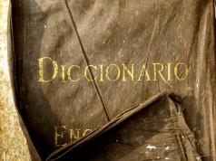 Diccionario antiguo