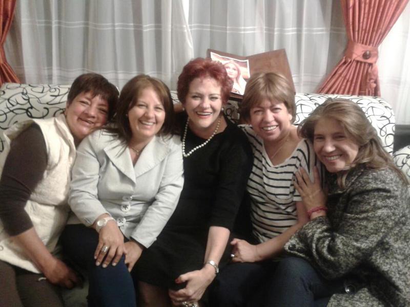 Con amigas del colegio copy