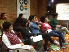 Cursos de gestión de campañas políticas para personas LGBTI.