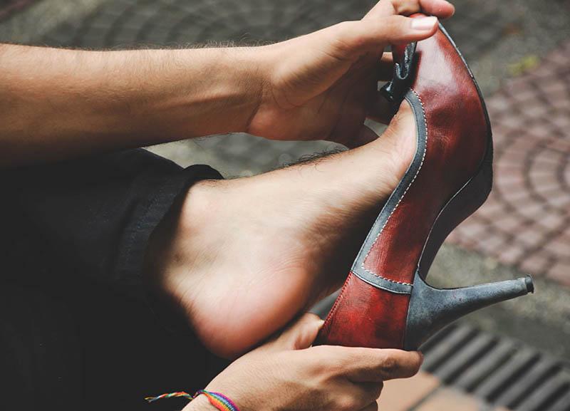 Nos pusimos en los zapatos de ellas